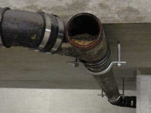 clogged drains and pipes 1